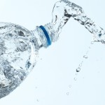 Co zrobić z butelkami po wodzie?