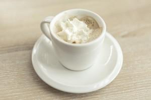 espresso z bitą śmietaną