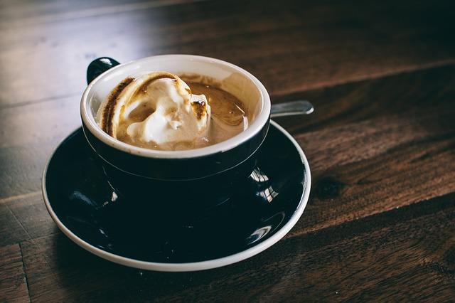 Espresso z lodami