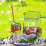 Orzeźwiające napoje owocowe bez cukru