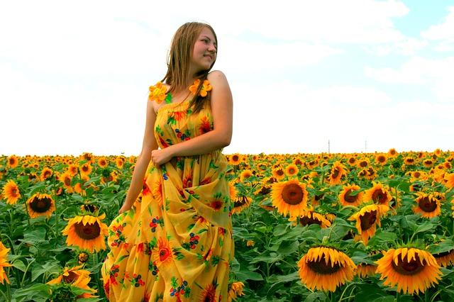 Sukienka w słoneczniki