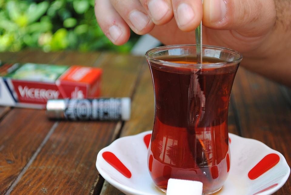 Herbata i papieros